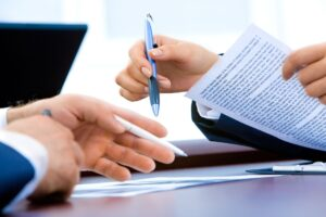 stand-alone agreements for employees and independent contractors